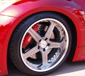 How to find the Best Tire Cleaner for your rubber tires